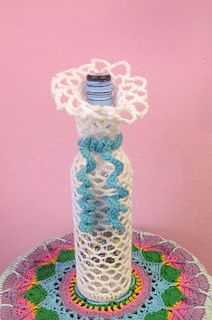 Crochet bottle cover is so easy to make, use up any yarn with a sparkle or shimmer. Easily adjusted for a wider bottle by adding extra increases rows for the bottom