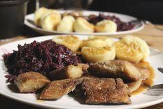 Am ersten Weihnachtsfeiertag veganisiert Johanna einen Festtagsklassiker und kocht Veggie-Ente.