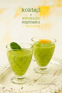 cocktail with avocado spinach and a banana Smoothie Drinks, Smoothies, Avocado Recipes, Food Inspiration, Lemonade, Spinach, Food Photography, Health Fitness, Food And Drink