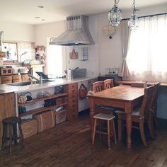 yumifuuさんの、ガラスのパンケース,かご好き♡,住友林業の家,アンティーク,RC愛知,DIY,古道具,部屋全体,のお部屋写真