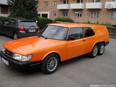Saab 900 at the front and a Volvo 850 at the rear, with two rear axles made by a custom car builder named Wilman Coachwork, in Sweden. Station Wagon Cars, Volvo 850, Flower Car, Saab 900, Shooting Brake, Unique Cars, Old Cars, Custom Cars, Luxury Cars