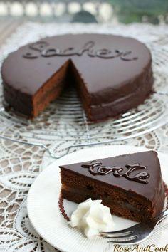 SacherTorte (gateau au chocolat autrichien).