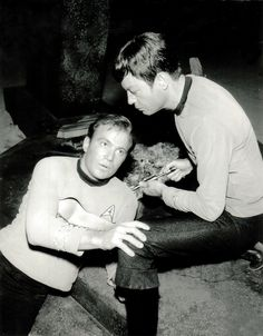Some more fun promo and behind-the-scenes shots this week — this time from Amok Time. Some of these I have never seen before, Like Spock and Kirk fighting in front of T'Pring, and als…