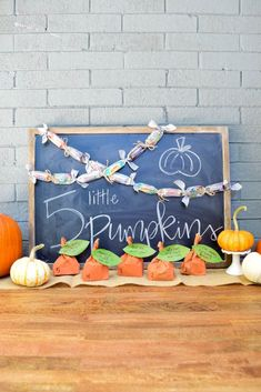 Halloween Countdown Five Little Pumpkins Activity Halloween Countdown, Holidays Halloween, Halloween Diy, Diy Party, Party Ideas, Five Little Pumpkins, Countdown Calendar, Diy Pumpkin, Project Nursery
