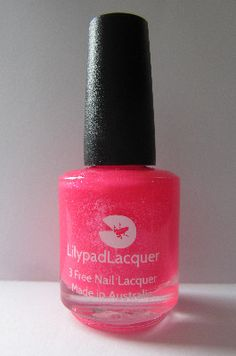DISO!!! In pink we trust. This is a limited edition Lilypad Lacquers polish exclusivelly made for Sally Magpie