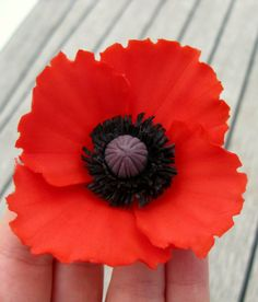 Tutorial on how to make fondant poppies for cakes and cupcakes img1229 mightylinksfo