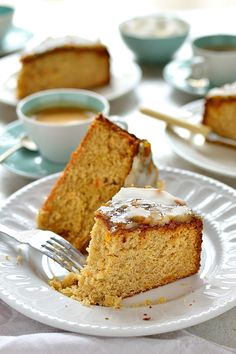 Marmalade And Ginger Cake. Marmalade & ginger cake - a deliciously sticky moist cake made with marmalade & fresh ginger topped with glaze. Sweet Recipes, Cake Recipes, Dessert Recipes, Citrus Recipes, Baking Recipes, Healthy Recipes, Just Desserts, Delicious Desserts, Yummy Food