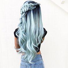 Secretly a *  🐚M E R M A I D 💦 •  #braidsinaction •   #hairdo #braidgoals #hairofinstagram #perfectbraid #cutehairstyles #braidgoals #hairgoals #cghphotofeature #americanstyle #fishtailbraid #inspirationalbraids #fishtailbraids #hairdo #hudabeauty #hairproduct #braidideas #bowbraid #fishtail #easyhairdo #yesbellami #mermaidhair @pulpriothair @heatherchapmanhair iris ulburghs @theconfessionsofahair...
