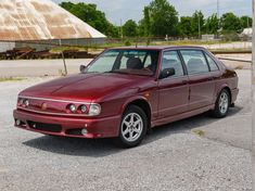 The Tatra 700 was the Czech automaker's attempt at a modern, air-cooled, rear-engine luxury sedan. It was the last passenger car Tatra would ever make. Bmw Classic Cars, Best Muscle Cars, S Pic, Car Show, Old Cars, Concept Cars, Peugeot, Vintage Cars, Dream Cars