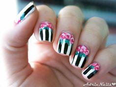 Flores Vintage y Rayas- #nails #nailart #vintage