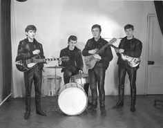 George Harrison, Pete Best, John Lennon and Paul McCartney (December 17, 1961 first photo session)