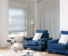 Accente de albastru pentru un living modern.  #stripes #romanshade