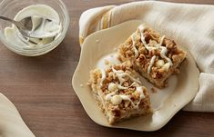 Try this White Chip Lemon Streusel Bars recipe, made with HERSHEY'S products. Enjoyable baking recipes from HERSHEY'S Kitchens. Bake today.