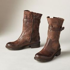 """KENSINGTON BOOTS - These Italian-made boots don't mess around—serious style and comfort with a distressed, wrinkled leather finish, and soft fabric lining. Exclusive. Euro whole sizes 36 to 41. 36 (US 5.5), 37 (US 6.5), 38 (US 7.5), 39 (US 8.5), 40 (US 9.5), 41 (US 10.5). 1-1/3"""" heel."""