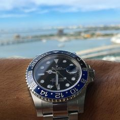 Batman VS Miami Sky  #rolex #submariner #1680 #1655 #6610 #newman #1016 #1019 #daytona #miami #miamibeach #watch #watches #collector #5512 #5513 #audemarspiguet #patekphilippe #redsub #vintage #vintagerolex #rolexoman #khanjer  #1803 #1804 #6611 #1807 #daydate #arabicrolex #patekphilippe #omega by awadwatches #rolex #submariner