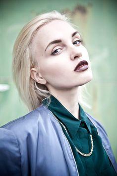 Linda @ Max Models   Photography Sophia van den Hoek