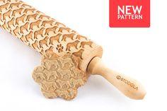 Engraved rolling pin with Bernese Mountain Dog pattern #rollingpin #bernese #stodola
