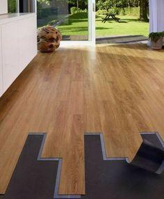 Il pavimento in PVC è davvero comodissimo. Oggi all'interno del nostro outlet lo trovate in offertissima! http://www.outletarredamento.it/pavimenti/offerta-pavimento-in-pvc-O-16234.html #outletarredamento #pavimenti #pvc