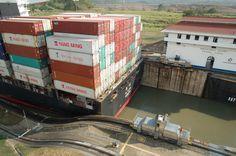 Kanał Panamski, działa idealnie od 100 lat.