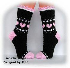 ВЯЗАНИЕ ДЛЯ СУМАСШЕДШИХ Knitting Wool, Knitting Socks, Knitting Stitches, Baby Knitting, Knitting Patterns, Crochet Shoes, Knit Crochet, Wool Socks, Colorful Socks