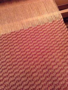 Twill scarf on the loom.