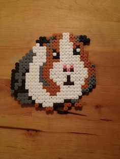 Hamster en perles hama Perler Beads, Fuse Beads, Melt Beads Patterns, Beading Patterns, Perler Bead Templates, Perler Patterns, Hamma Beads Ideas, Pearl Beads Pattern, Hama Beads Design