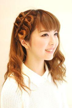Hairstyles 2014 - twisting curls + hair bows | ヘアスタイル 2014 - ツイスト巻き+リボン (ヘアスタイリスト 前田 真吾)