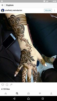 70 Latest Rose Mehndi Designs Of 2018 Khafif Mehndi Design, Floral Henna Designs, Finger Henna Designs, Modern Mehndi Designs, Mehndi Design Pictures, Mehndi Designs For Girls, Wedding Mehndi Designs, Mehndi Designs For Fingers, Dulhan Mehndi Designs