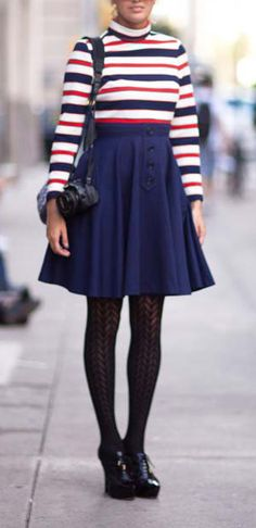 Winter Wow: 20 Street-Style Looks Worth Copying Preppy Winter Outfits, Winter Outfits For Work, Preppy Look, Preppy Style, Bold Fashion, Modest Fashion, Fashion Ideas, Vintage Street Fashion, Street Style Looks