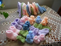 Ravelry: Project Gallery for Seamless Preemie Booties pattern by Debbie Cowherd Knitting For Charity, Knitting For Kids, Baby Knitting Patterns, Baby Patterns, Knitting Projects, Crochet Patterns, Preemie Crochet, Knit Baby Booties, Baby Boots