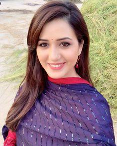 Isha Rikhi Hot HD Photos & Wallpapers for mobile Beautiful Girl Photo, Cute Girl Photo, Beautiful Girl Indian, Most Beautiful Indian Actress, Beautiful Women, Actress Without Makeup, Indian Bollywood Actress, Punjabi Actress, Cute Brunette