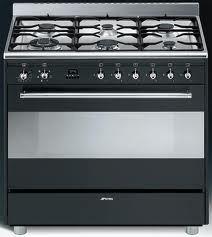 Smeg fornuis 90cm SNL916MFA Stove, New Homes, Kitchen Appliances, House, Kitchen Ideas, Diy Kitchen Appliances, Home Appliances, Range, Home