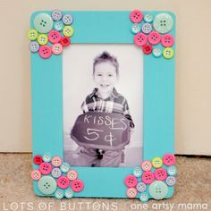 Mother's Day Button Photo Frame   From One Artsy Mama