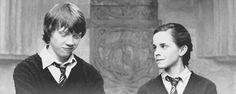 Oh Ron Weasley/Rupert Grint. (& Hermione/ Emma Watson of course) Mundo Harry Potter, Harry Potter Love, Harry Potter Memes, Harry Potter World, Ron Weasley, Hogwarts, Fans D'harry Potter, Rupert Grint, Ravenclaw