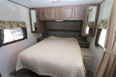 2016 New Keystone Cougar 19RBEWE Travel Trailer in Idaho ID.Recreational Vehicle, rv, 2016 Keystone Cougar19RBEWE, 1/2 Ton Package, Camping In Style Pack, Convenience Package, Correct Track, Cougar Remote, Frameless Tinted Windows, LED Ceiling Lights, Polar Plus Package, Power Tongue Jack, RVIA Seal, Value Package, Winterization,