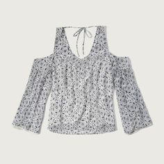 Abercrombie & Fitch Patterned Cold Shoulder Blouse ($58) ❤ liked on Polyvore featuring tops, blouses and white pattern