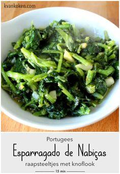 Esparregado de nabiças – Portugese raapsteeltjes met knoflook – De K van Koken Seaweed Salad, Slow Cooker, Vegetables, Ethnic Recipes, Food, Essen, Vegetable Recipes, Meals, Crock Pot