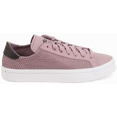 Adidas Originals Court Vantage W ($94) ❤ liked on Polyvore featuring shoes, everyday shoes, purple dust, womens-fashion, adidas originals, low shoes, lace up shoes, decorating shoes and mesh shoes