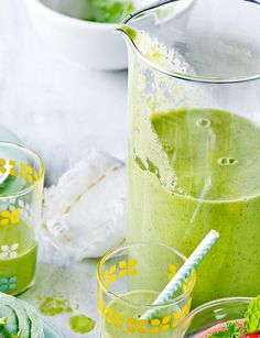 Amelia Freer's green breakfast smoothie to kick start your day