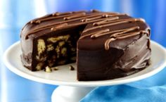 Τούρτα κορμός σοκολάτας με επικάλυψη γλάσο σοκολάτας