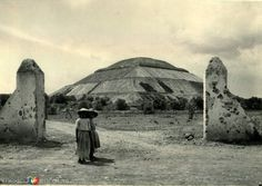 Fotos de Teotihuacán, México, México: Panorama Hacia 1945