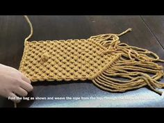 rooms and The Most Beautiful Pictures at Pinteres It is one of the best quality pictures that can be presented with this vivid and remarkable picture tpys vintage . The picture called Macrame Clutch tutorial Clutch Tutorial, Diy Clutch, Diy Purse, Clutch Purse, Macrame Supplies, Macrame Projects, Macrame Purse, Macrame Knots, Macrame Tutorial