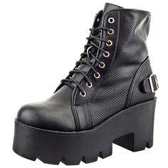 Sopily - Scarpe da Moda Stivaletti - Scarponcini Low boots donna Perforato fibbia Tacco zeppa 8 CM - Nero in OFFERTA su www.kellieshop.com Scarpe, borse, accessori, intimo, gioielli e molto altro.. scopri migliaia di articoli firmati con prezzi da 15,00 a 299,00 euro! #kellieshop Seguici su Facebook > https://www.facebook.com/pages/Kellie-Shop/332713936876989