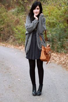 Pretty Winter Outfits You Can Wear on Repeat Kawaii Clothes, Fall Winter Outfits, Autumn Winter Fashion, Dress Winter, Winter Boots, Black Women Fashion, Womens Fashion, Dots Fashion, Look Blazer