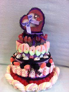 Pastel de Golosinas Feliz cumpleaños Marta