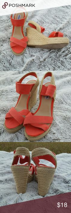 SWEET Steve Madden Coral Wedges 10W Never worn 10W Some dark smudges on canvas, barely noticeable  Steve Madden Price firm unless bundled 30 percent off bundles  See my closet for amazing bundle ideas Steve Madden Shoes Wedges