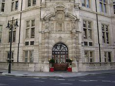 National Liberal Club, 1 Whitehall Place, London SW1. The Wings of the Dove (1997)