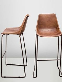 This is really a cool leather bar stool. Available in vintage brown or black leather. They are great with good back support and are fairly easy to deliver . Brown Bar Stools, Leather Bar Stools, Restaurant Bar Stools, Diner Table, Chaise Bar, Bar Furniture, Bar Chairs, Home Living Room, Chair Design