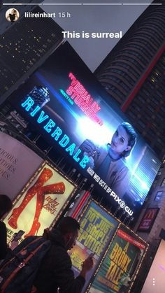 To see your own face on a billboard one day✨ Riverdale Season 2, Riverdale Memes, Riverdale Cast, Betty Cooper, Old Comics, Archie Comics, The Cw Shows, Tv Shows, Zack Y Cody
