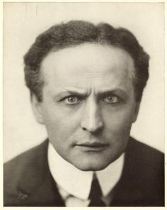 Studio headshot portrait of Hungarian-born magician and escape artist Harry Houdini . Get premium, high resolution news photos at Getty Images Circus Performers, New York Public Library, Famous Artists, Historical Photos, The Magicians, Illusions, Portrait, Studio, Celebrities